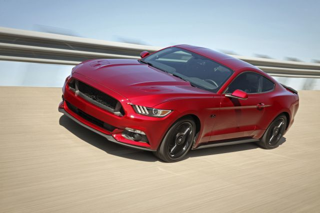 Your 2017 Mustang Will Have Apple CarPlay and Android Auto ...