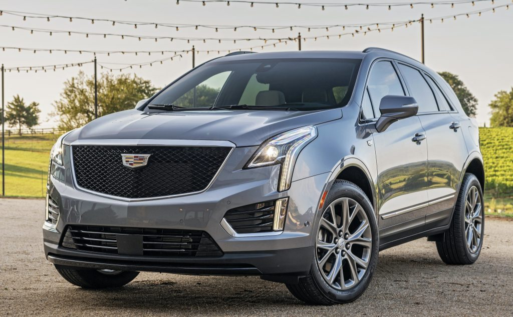 2021 Cadillac XT5 pressed from all sides, still earns a ...
